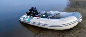 Какой вариант дна для лодки лучше выбрать